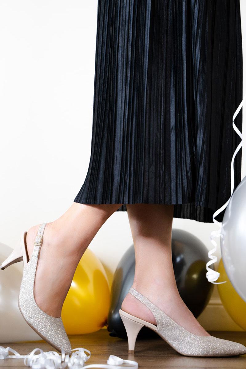 נעליי פליי פוט